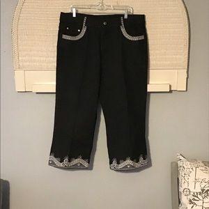 Ashro Women's Cropped Denim Pants